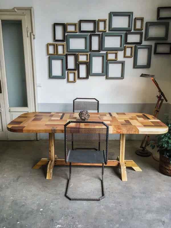 tavolo di legno fatto a mano su misura