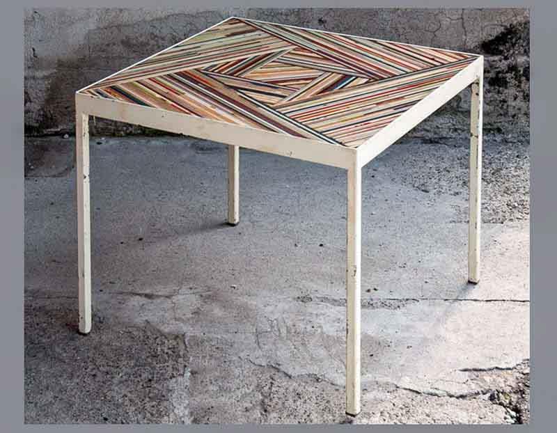 tavolino quadrato colorato