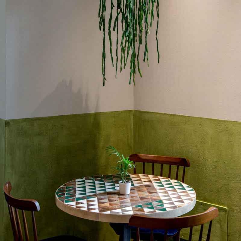tavolino a triangoli Soulgreen Milano
