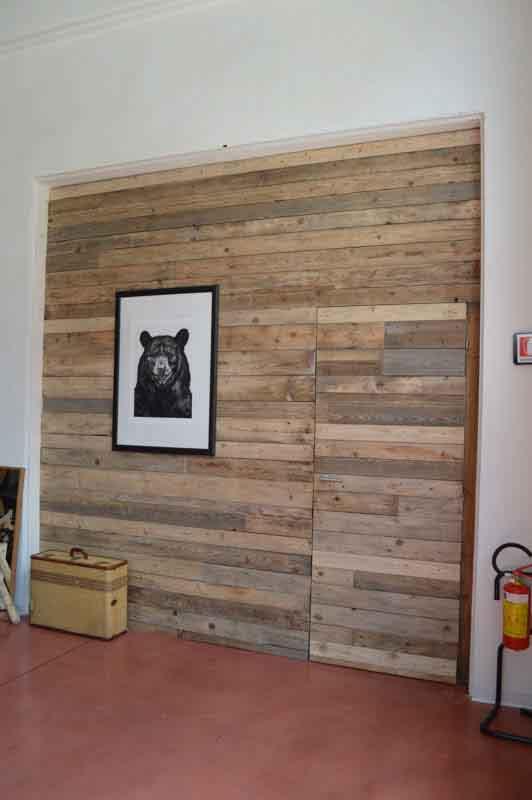 rivestimento muro di legno
