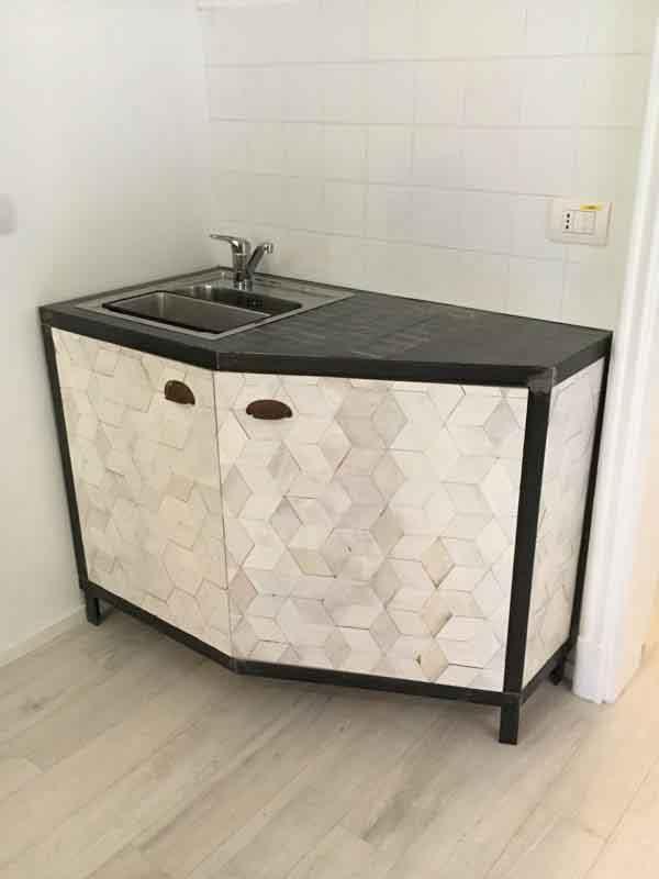 mobile lavabo rombi bianchi