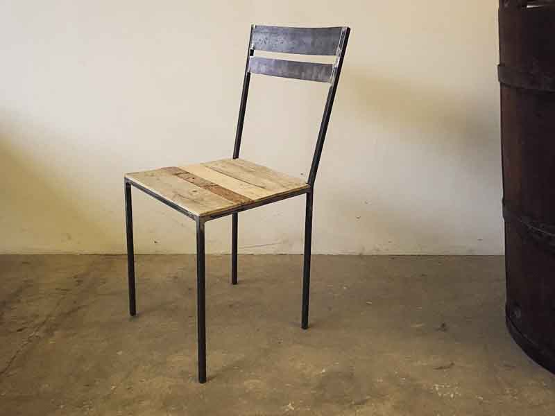 chair made in Italy recycle wood
