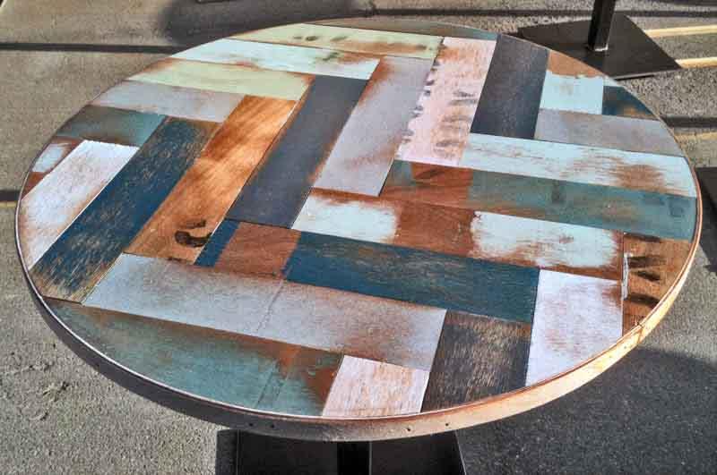 tavolino artigianale