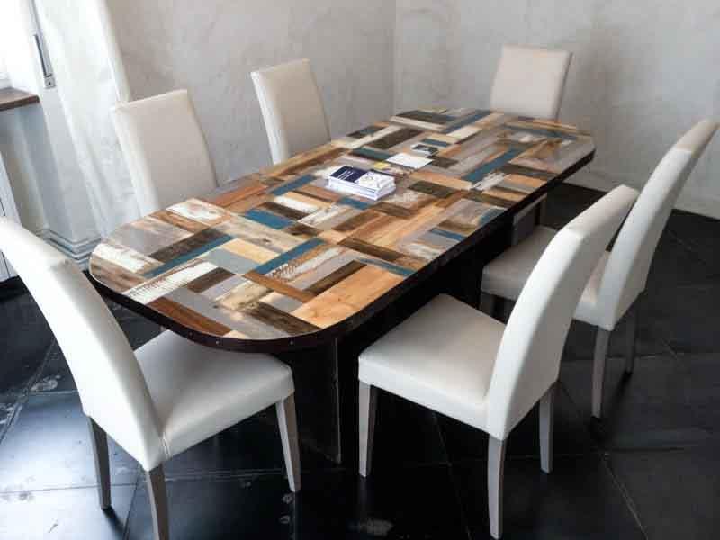 tavolo riunioni di legno