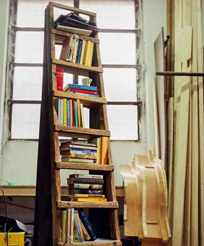 scala libreria legno riciclato