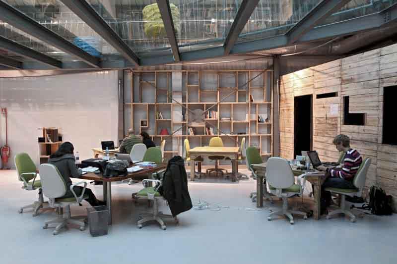 mobili spazio coworking legno di recupero
