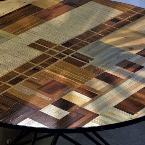 mosaico fatto a mano ispirato dal segnale tv